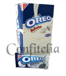 Galletas Oreo bañadas en chocolate blanco